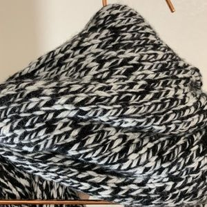J. Crew Accessories - J. Crew | Black & White Wool Blend Knit Scarf